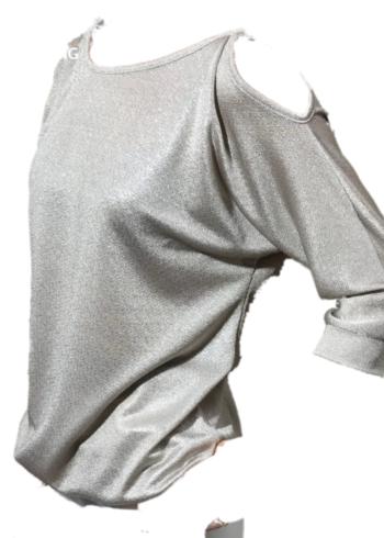 Batida T-Shirt 7095 ( licht goud ) en blote schouders